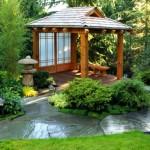 Защита построек из древесины на садовом участке