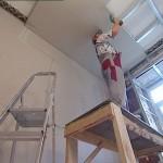 Проведение ремонта стен