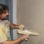 Ремонт оштукатуренной стены здания