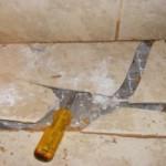 Как заменить разбитую плитку