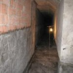 Строительные работы в подвале здания