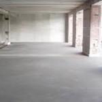 Ремонт пола в пространстве склада