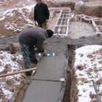 Возможна ли заливка фундамента зимой?