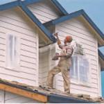 Зачем красить деревянный дом