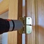 Реставрация входных дверей самому