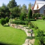 Благоустройство земельного участка вокруг дома