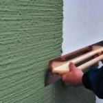 Оштукатуривание стены, отделанной пенопластом