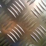 Что такое рифленый лист и где он применяется