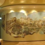 Отделываем фресками стену в гостиной