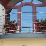 Наружная отделка балконного парапета