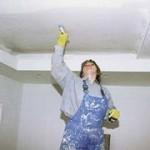 Подготовка потолка к покраске или побелке