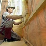 Как выглядит процесс утепления балкона