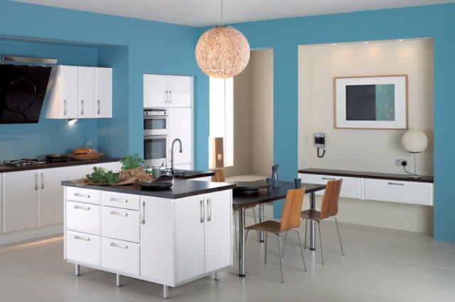 Дизайн интерьера кухни в голубом цвете