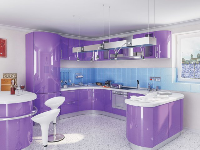 Дизайн лакированной фиолетовой кухни