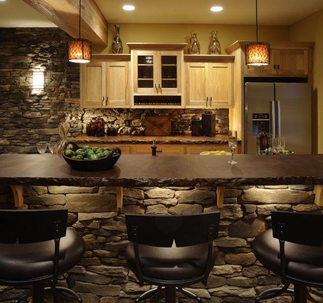 Дизайн кухни, облицованной из искусственного камня