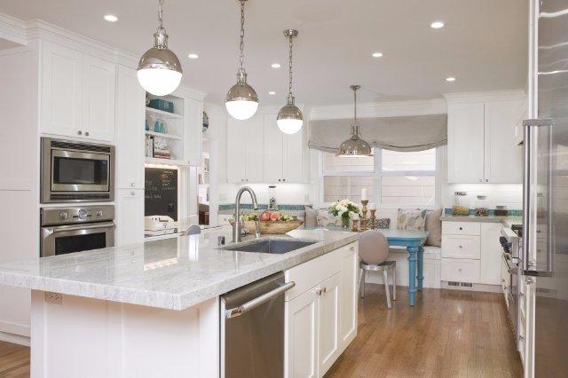 Дизайн белой мраморной кухни