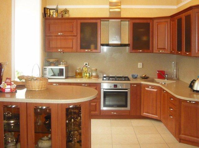 Дизайн небольшой угловой кухни. Недорогой.