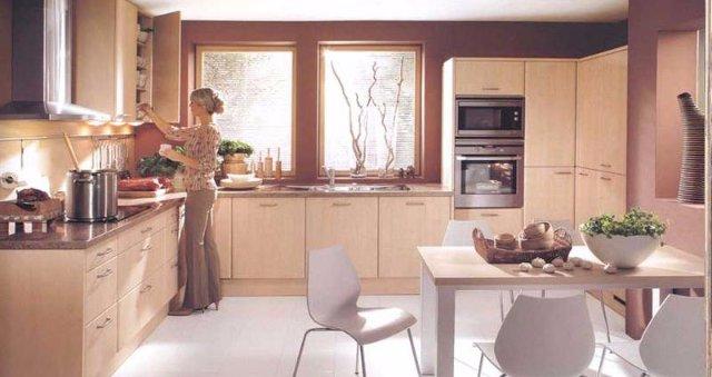 Вариант дизайна светлой кухни