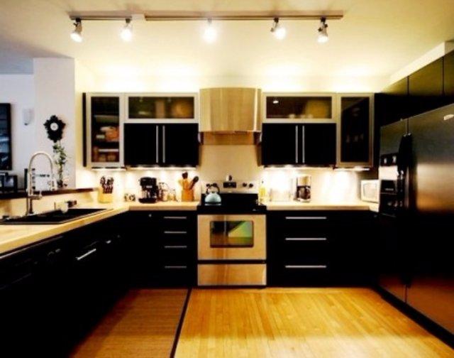 Оформление кухни для любителей дерева