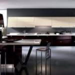 Функциональная кухня в стиле хай-тек