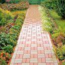 Как обустроить садовые дорожки тротуарной плиткой