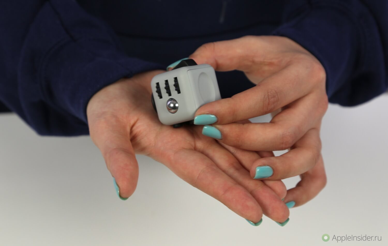 Хватит теребить iPhone, сделай паузу с Fidget Cube!