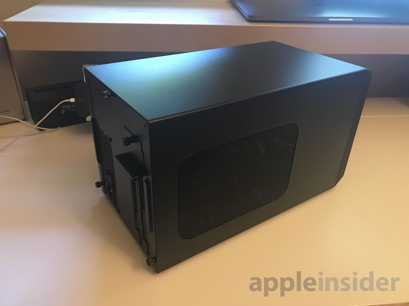 Как выглядит хаб от Apple с внешней видеокартой для MacBook Pro