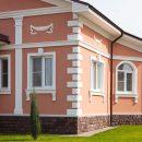Фасадный декор: почему гипс заменили пенопластом и в чем его преимущества?
