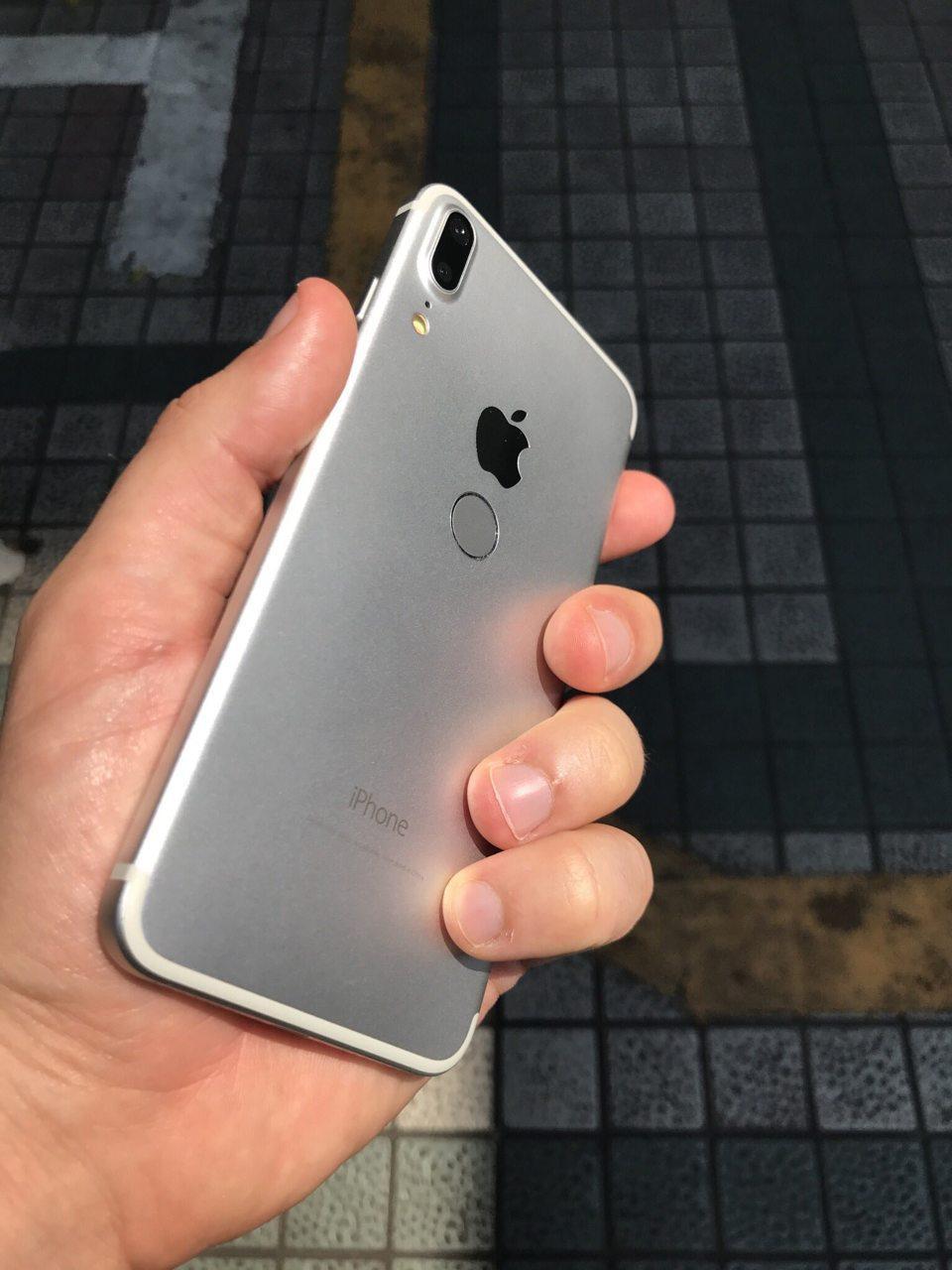 Вы бы купили себе такой iPhone 8? (фото+опрос)