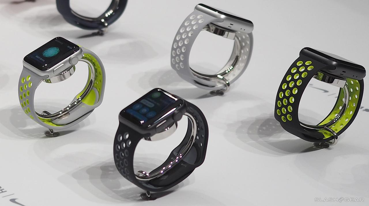 Apple Watch вновь подешевели в России