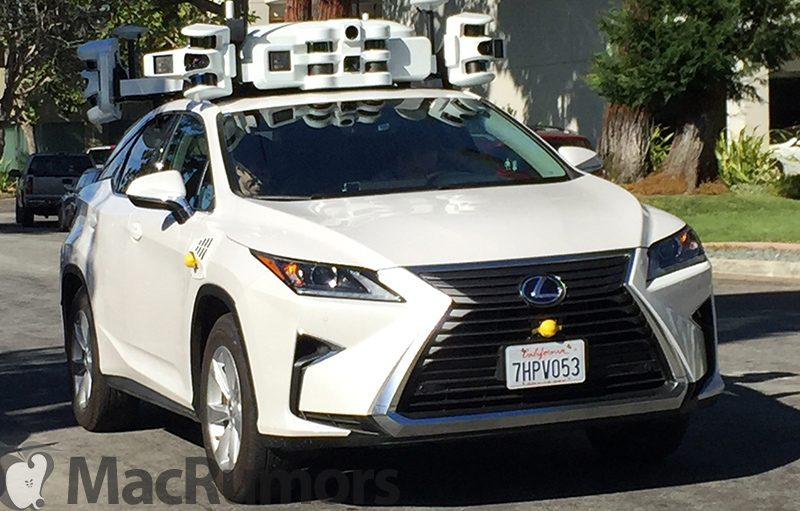Неизведанный беспилотный автомобиль Apple засветился на дороге